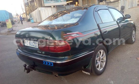 Buy Toyota Carina Green Car in Addis Ababa in Ethiopia