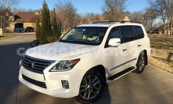 Buy Lexus LX 450 White Car in Addis Ababa in Ethiopia