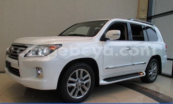 Buy Lexus LX 570 White Car in Debre Birhan in Ethiopia