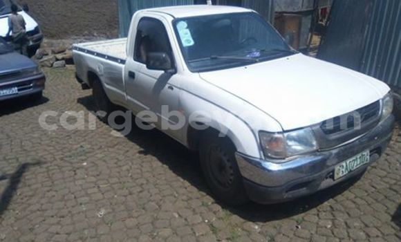 Buy Toyota Pickup White Car in Addis Ababa in Ethiopia