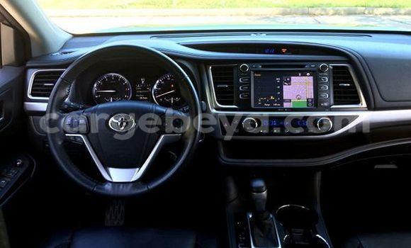 Buy Toyota Highlander Black Car in Addis Ababa in Ethiopia